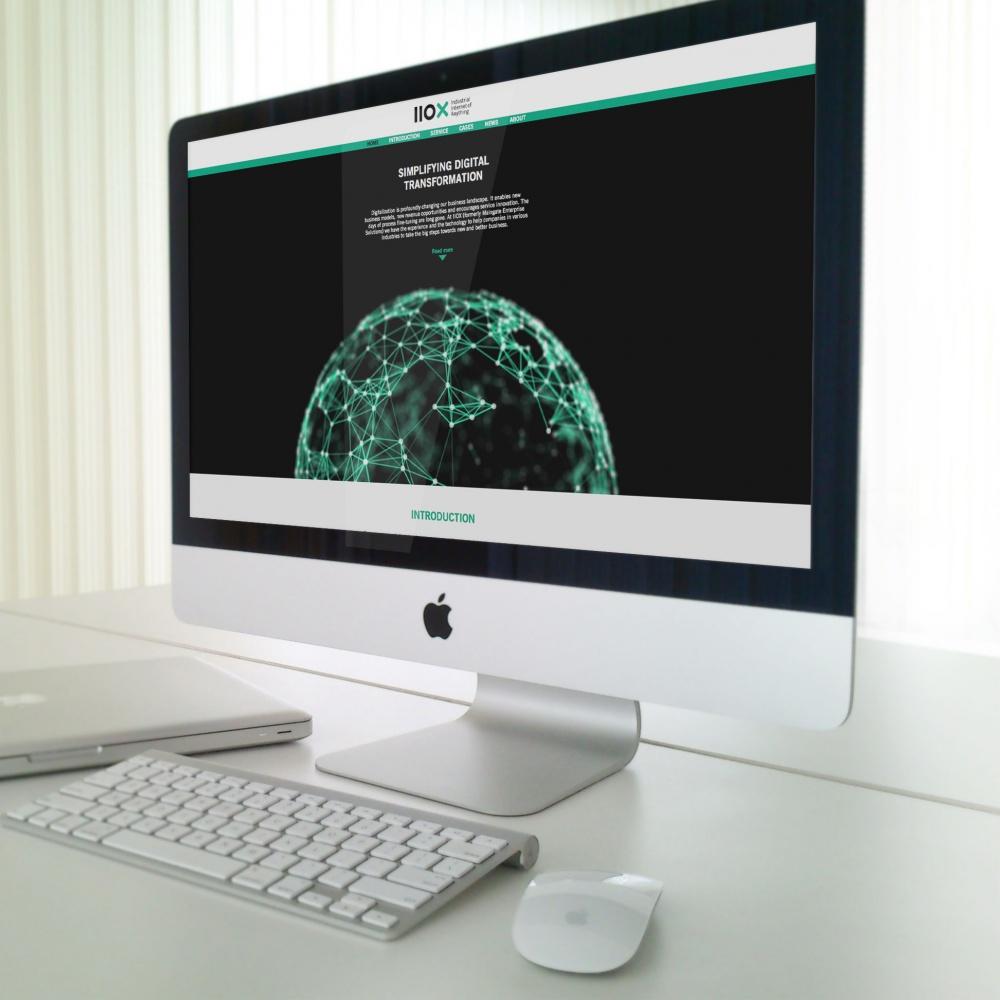 iMac-Mockup_Sumit-1